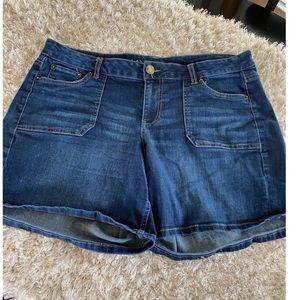 Lane Bryant Jean Shorts Size 16